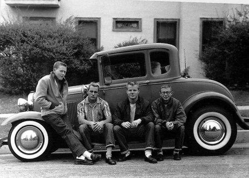 hotrodders in California from https://tullycorcoran.wordpress.com/category/cars/